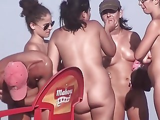 naked friends on nude beach