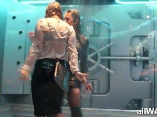 Wet dirty dancing girlfriends