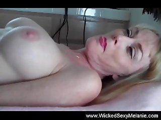 Amateur Melanie Is A Dirty Slut