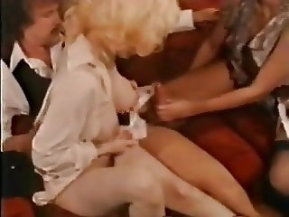 Vintage Giant Tits SPRAY a cock ..