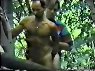 Spycam Rugger Bugger Fucks in Woods - 6 min