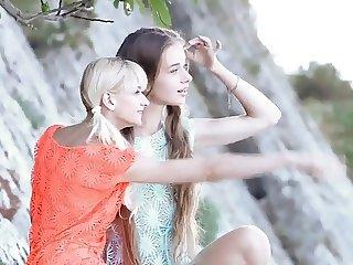 Sonya & Sunna