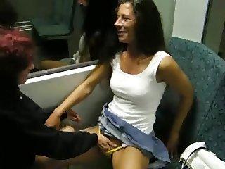 S Bahn Fahrt ganz geil mit michaela28 von flyinliveamateure
