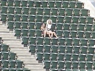 sexo en el estadio
