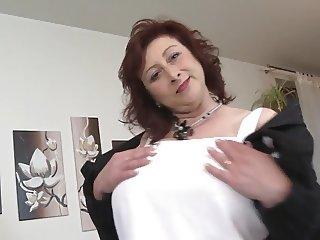 Mature (huge boobs)