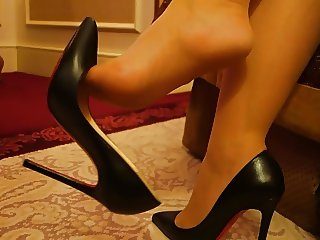 Feet in Nylon - Video 19