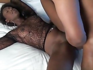 Cute ebony girl in sexy top is nicely fucked