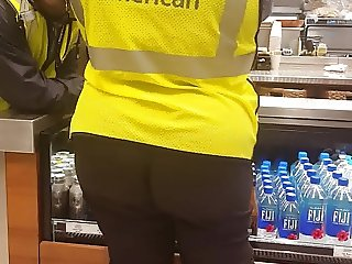 Bubble Butt American Airlines worker 3