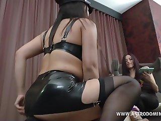 Facesitting Slave Training