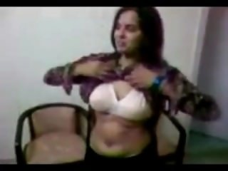 pakistani shy girl showing boobs