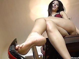 Mistress Tangent femdom dangle domination