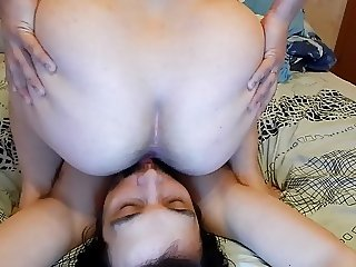 Hairy mature facesit and ass licking