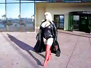 Chubby blonde girl in latex