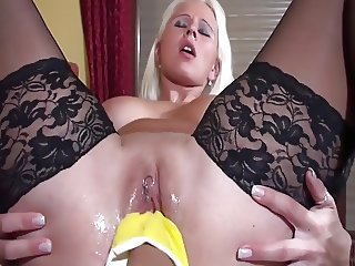 Lesbian maid in yellow gloves fists blondes shaved