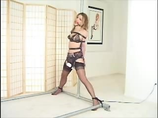 Bound to a pole and orgasm