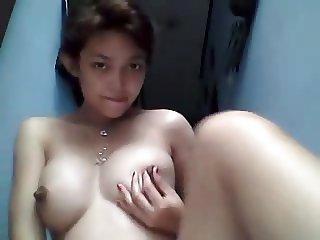 thai Girl masturbation 2