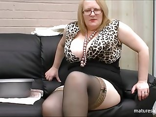 Huge tits in leopard print top