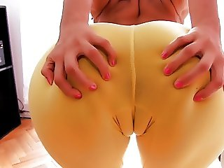 Most Amazing Cameltoe Latina! Big Ass! Perfect Natural Tits!