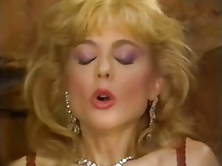 Lili Marlene - I've Never Done This Before 02
