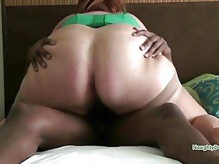 Big fat ass bouncing on a BBC