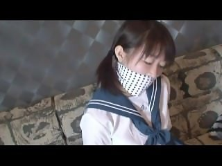 cute japanese schoolgirl escape bondage 1