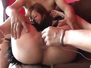 Deep penetration porn show along Konatsu Aozona