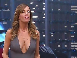 Diana Bolocco cleavage MasterChef Chile