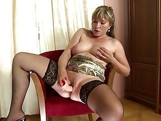 Sweet mature mom with wet hole