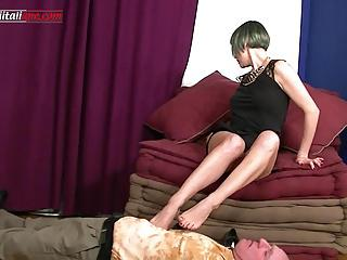 The Professionist Second Part FULL- Trample and Facesitting