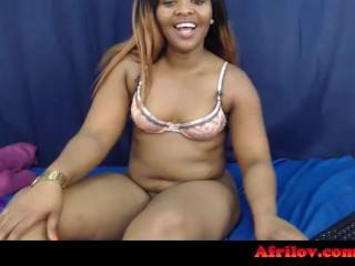 BADONKADONK ! THIS SOUTH AFRICAN CAM GIRL'S ASS IS CRAZY! – AFRILOV.COM
