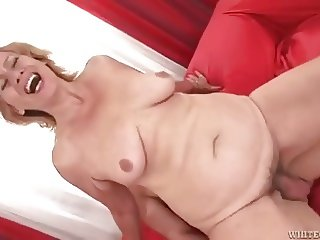 I just love Grannies and Milfs #8