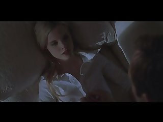 Mena Suvari in American Beauty