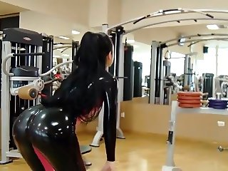hitting the gym in latex