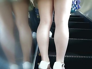 Sexy Legs Walk 009