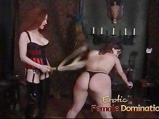 Two gorgeous stunners like having their big butts spanked