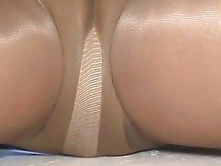 crossdresser pantyhose upskirt 101