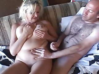 Mature Sucks and Fucks a Gratefull Man