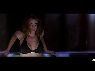 Denise Richards in Valentine