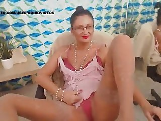 WM 241 Mature suntan Nylons Legs & Feet