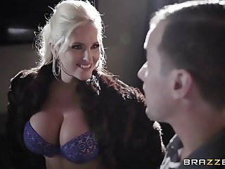 Brazzers - Alena Croft - Dirty Masseur