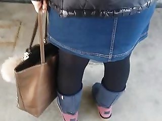 Shiny Stockings Of Big Ass Turkish MILF