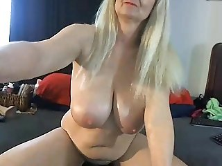 Webcam mature 05