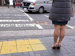 Sexy Legs Walk 020