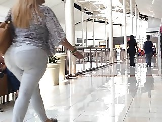 Latina Milf White Jeans strolling in the mall