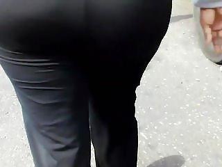Big Phat Ass GILF In Yoga Pants