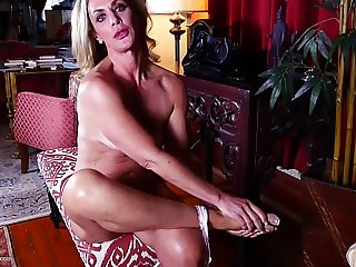 Mature slut mother with wet hungry cunt