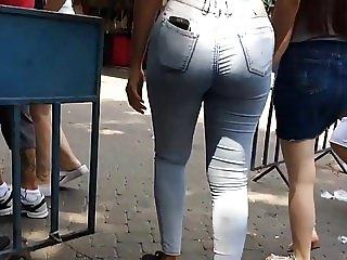 Bubble butt in tight jeans follow