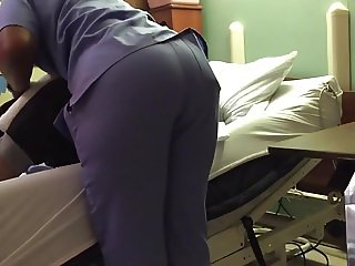 AFRICAN ASS IN SCRUBS