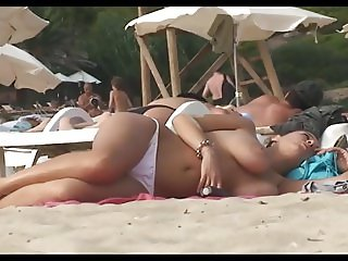 beach saggy tits