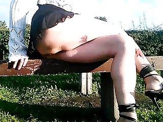 Flashing pussy